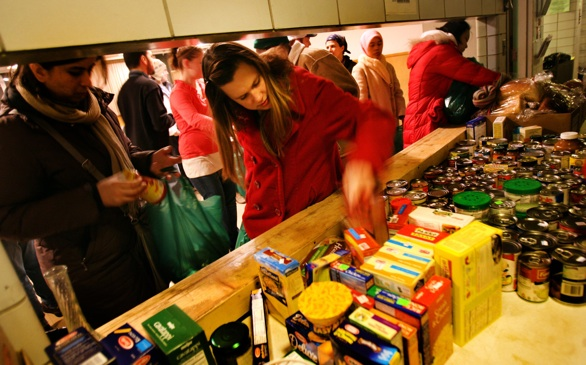 More U.S. Colleges Implement Food Banks, Pantries