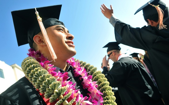 Why Don't Many Community College Students Get Their Bachelor's Degrees?