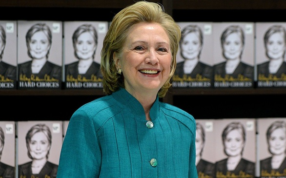 UNLV Students Ask Hillary Clinton to Donate Six-Figure Speaking Fee