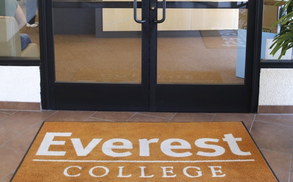 Heald, Other Corinthian-Owned Colleges Continue to Recruit Students as Company Closes