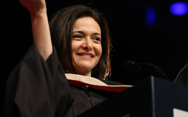 Sheryl Sandberg's Advice to College Women: 'Don't Do it Alone'
