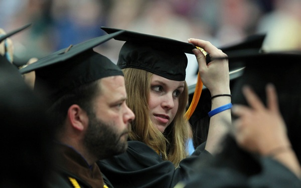 Study: Most College Students Don't Graduate on Time