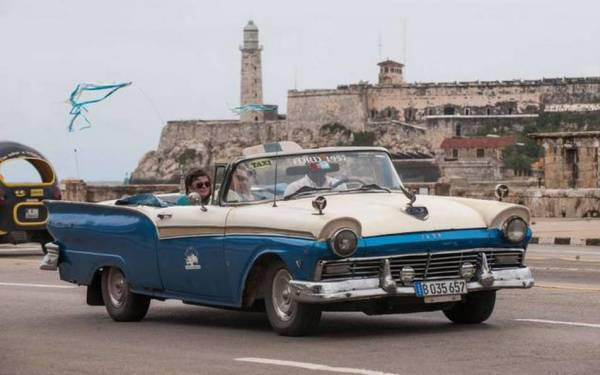 US eases Cuba travel but don't book your Spring Break just yet