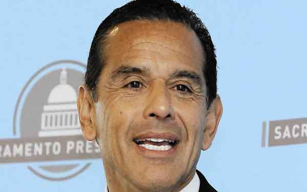 OPINION: Villaraigosa's experience could play well in the Senate