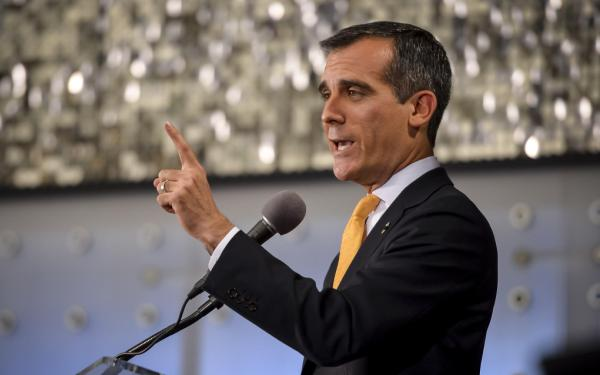 City strike threat looms over Los Angeles Mayor Eric Garcetti's upcoming address