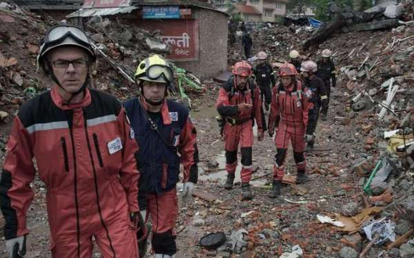 Many still missing as toll for Nepal's earthquake tops 5,000