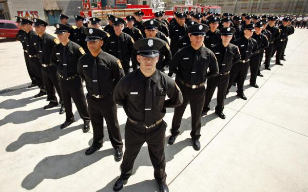 Second straight LAFD recruit class is all male after women exit