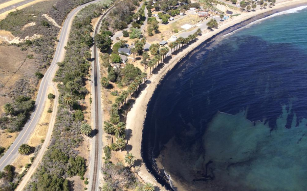 21,000 gallons of crude oil leaked near Santa Barbara County beaches