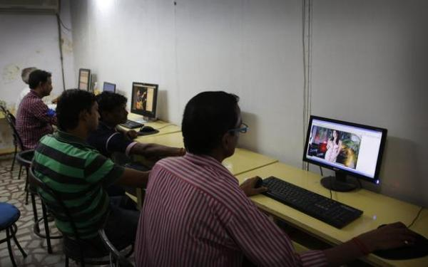 India rescinds ban on Internet porn after public outrage, ridicule