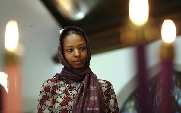 Christian hookup muslims girls in scarf