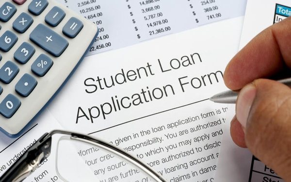 A right to debt relief for students