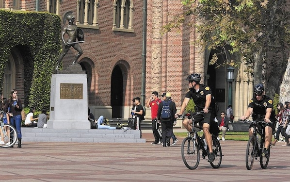 Amid coronavirus concerns, USC will test online classes next week