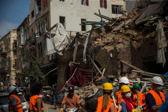 Death toll surpasses 150 as rescuers plough through Beirut debris