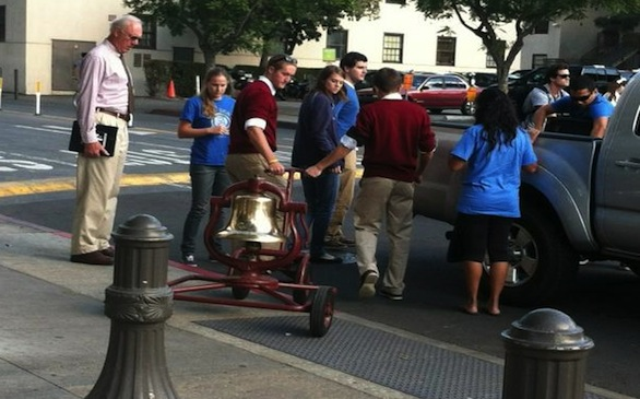 USC Surrenders Victory Bell to UCLA