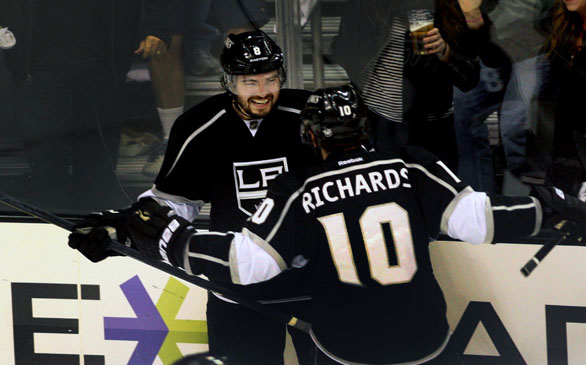 Kings, Coyotes Play Game 1 of West Finals Sunday