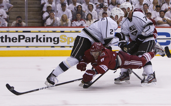 Kings Win Game 1 Against Coyotes