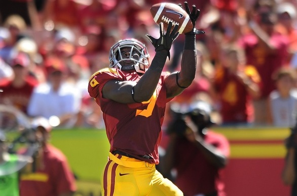 Trojans Crush Huskies, Bruins Stumble in Utah