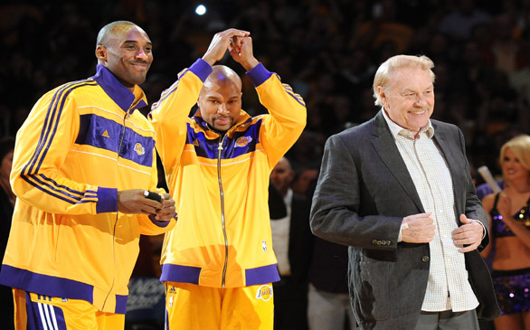 Jerry Buss is Praised Throughout NBA for His Vision, Humbleness
