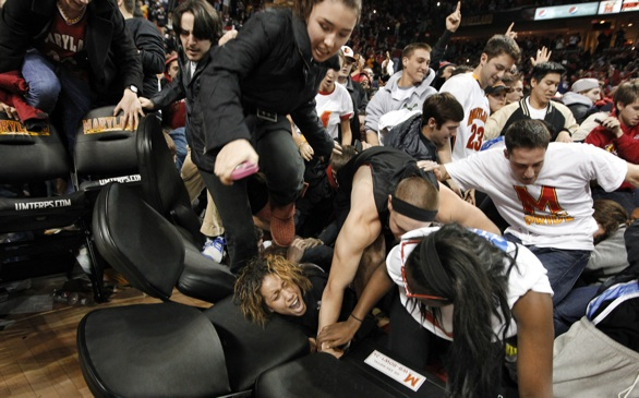 Coaches May Want Pac-12 to Slam Brakes on Fans Rushing the Court