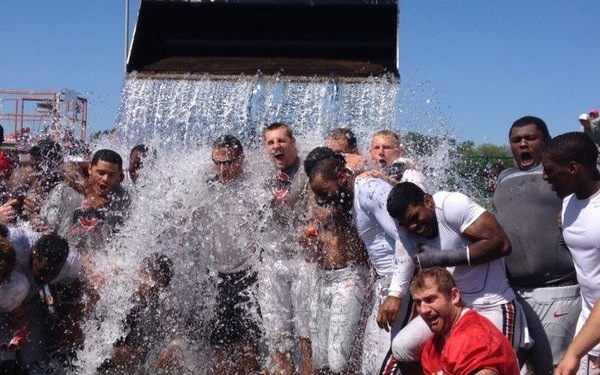 College Teams, Coaches & Cheerleaders Take on Ice Bucket Challenge
