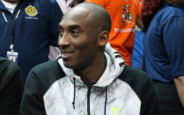 Kobe Bryant's Back on Court for Lakers in Exhibition Opener