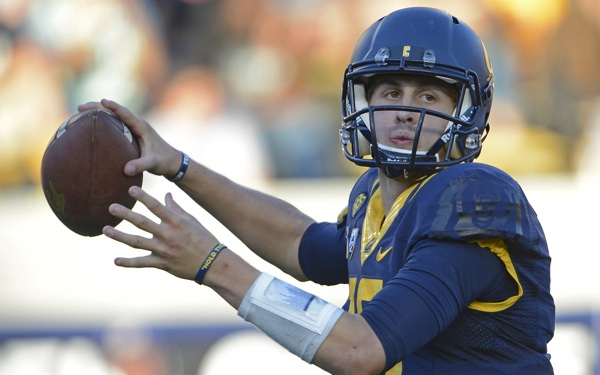 Cal's Goff Has Passing Interest in the Bruins