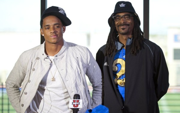 Receiver Cordell Broadus, Snoop Dogg's son, signs with UCLA