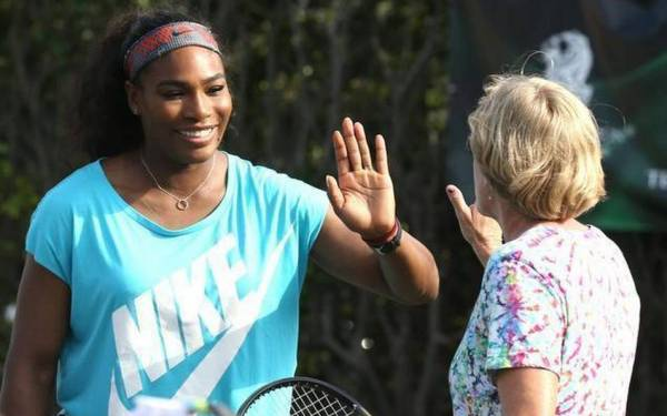 Tennis icons give back, with a smile