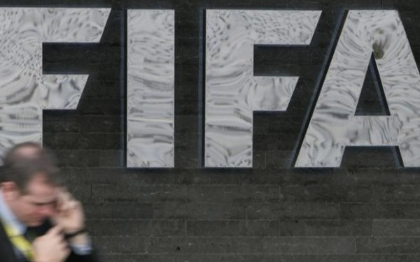 U.S. senators ask FIFA to move 2018 World Cup out of Russia