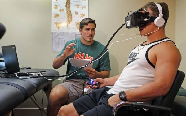 University of Miami tests goggles that can detect concussions immediately