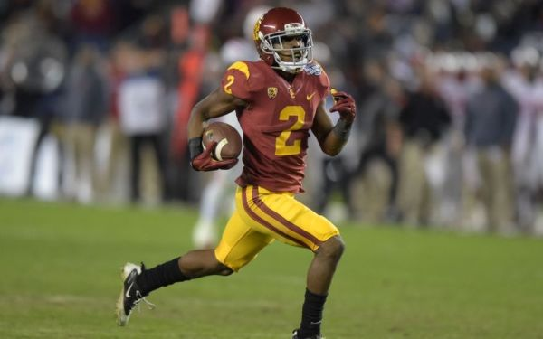 Top 10 USC football players to watch in 2015