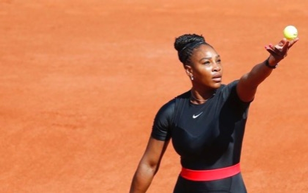 Serena Williams completes spirited fight back at French Open