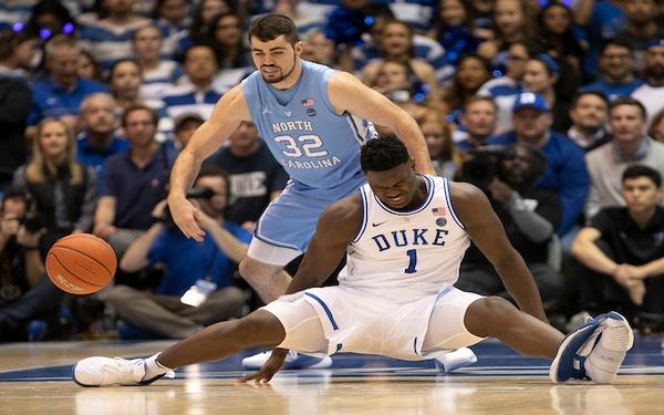 Zion Williamson injured as No. 1 Duke falls to No. 8 UNC