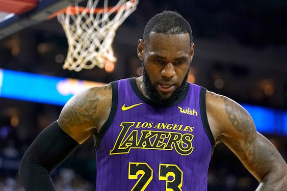 Lakers' LeBron James tries to get body back in playoff rhythm