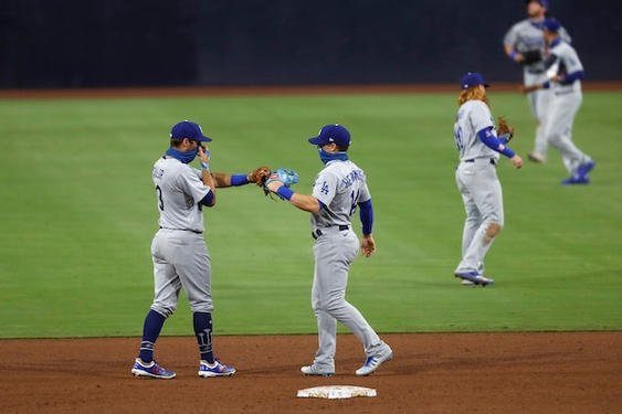 Dodgers overcome sluggish start to come back and beat Padres