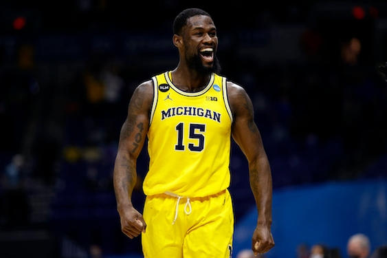Michigan outlasts relentless LSU, advances to Sweet 16