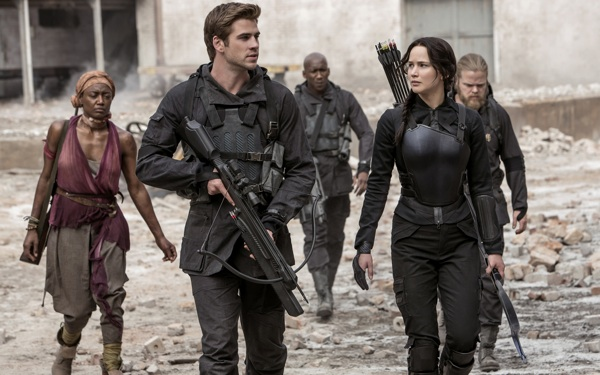 <i>Hunger Games</i> Getting Live Adaptation, Coming Summer 2016!