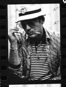 <i>Gonzo: The Life and Work of Dr. Hunter S. Thompson</i>